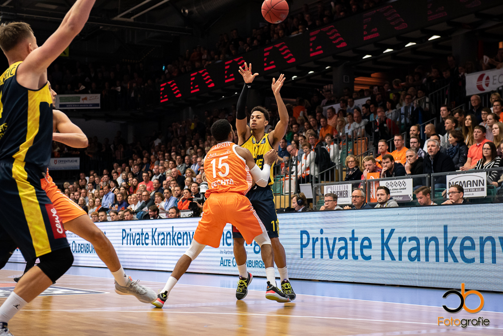 easyCredit BBL, Hauptrunde, 2. Spieltag, 05.10.19, RASTA Vechta - EWE Baskets Oldenburg